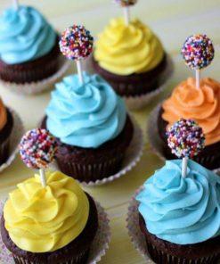 Капкейки для детей с кейк-попсами ДК21 фото