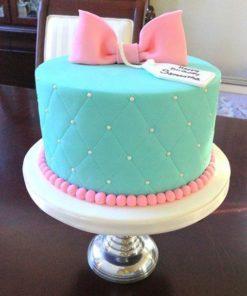 """Праздничный торт """"Розовый бантик"""" ПТ70 фото"""