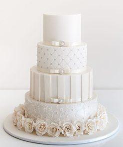 Белый четырехъярусный свадебный торт СВ75 фото