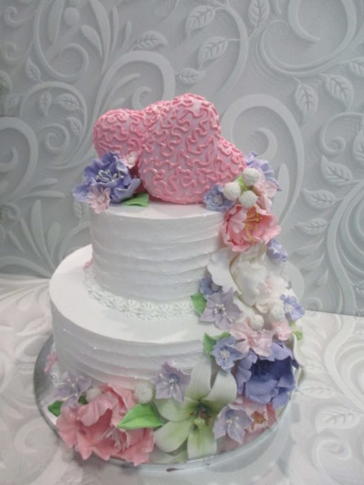 Свадебный торт с каскадом цветов из мастики СВ9 фото